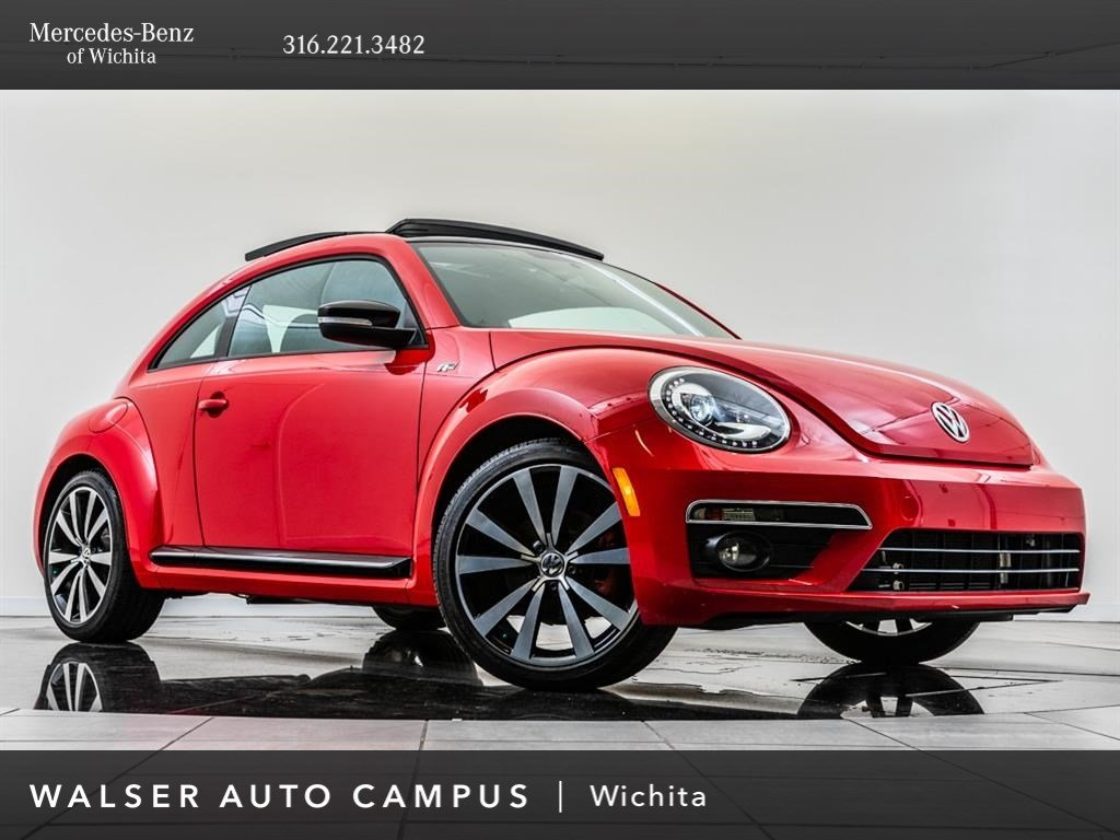 Pre-Owned 2015 Volkswagen Beetle Coupe R-Line