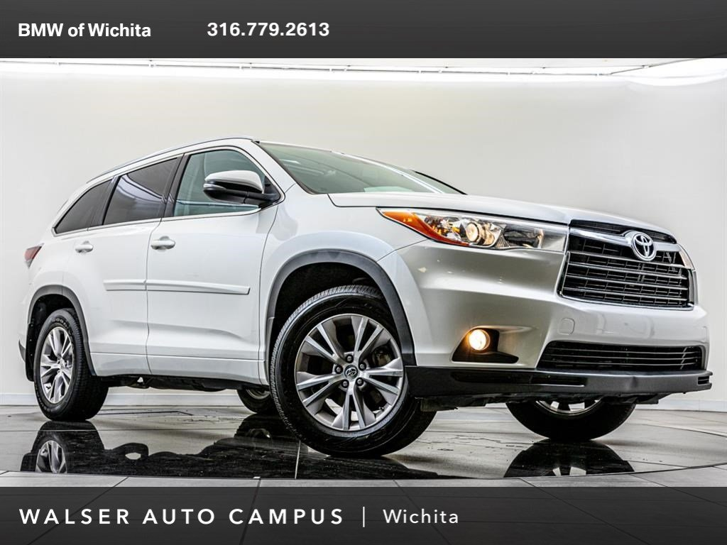 Pre-Owned 2014 Toyota Highlander XLE, Rear Seat Entertainment