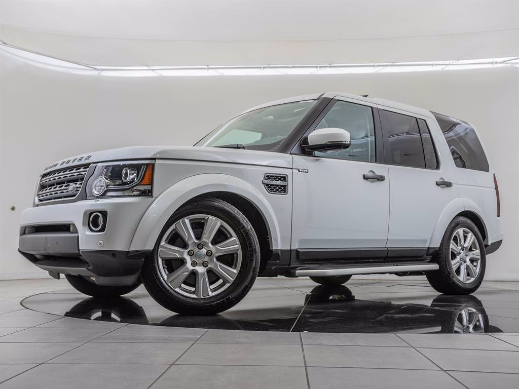 Pre-Owned 2016 Land Rover LR4 Vision Assist Package
