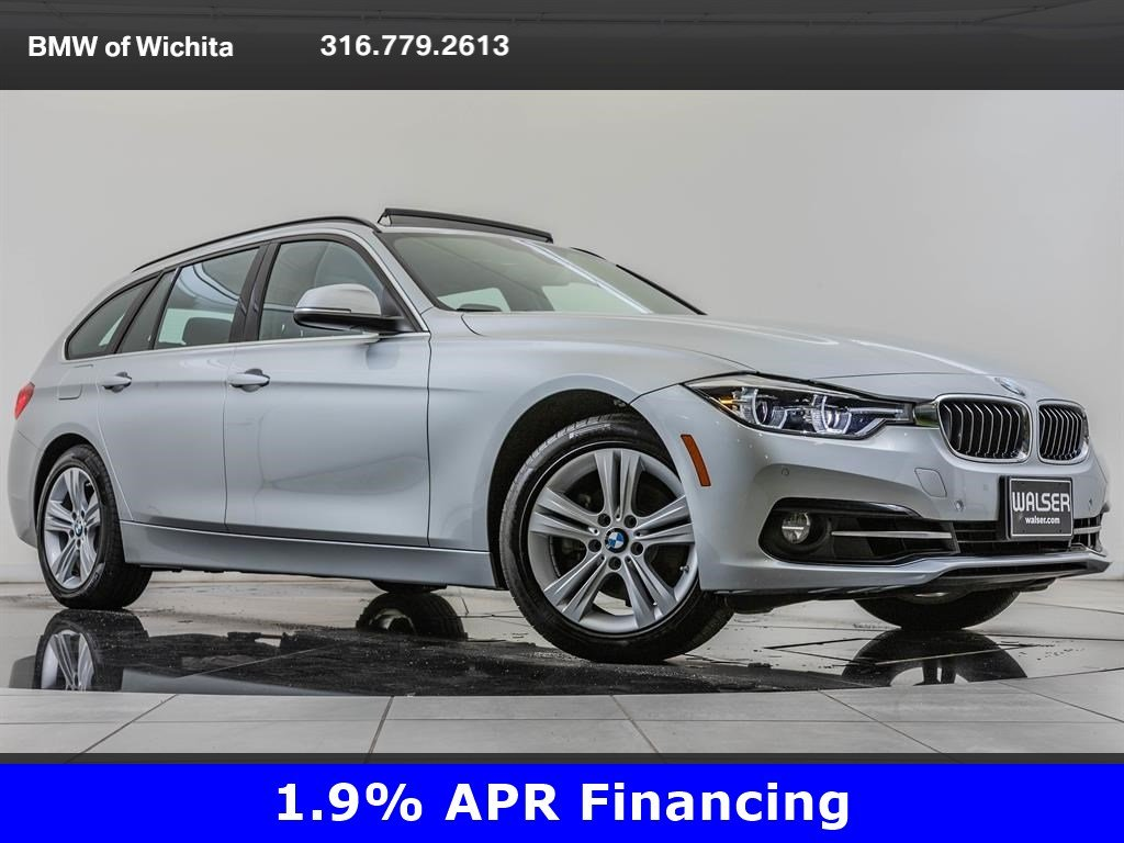 Pre-Owned 2018 BMW 3 Series 330i xDrive, Premium Package AWD
