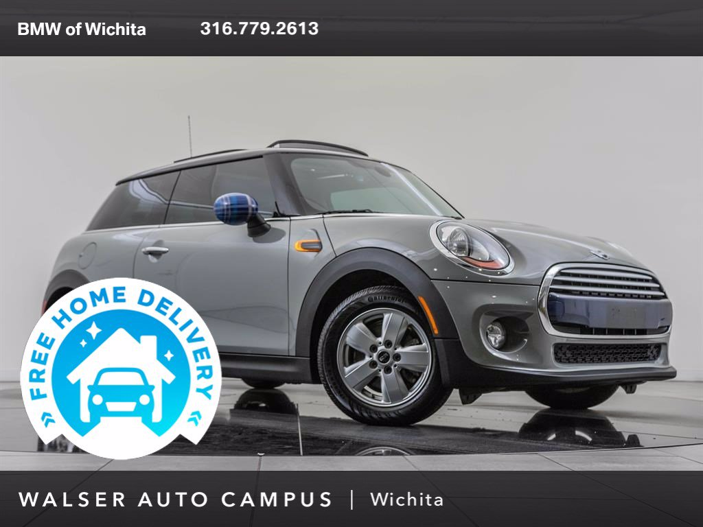 Pre-Owned 2015 MINI Cooper Hardtop Premium Package