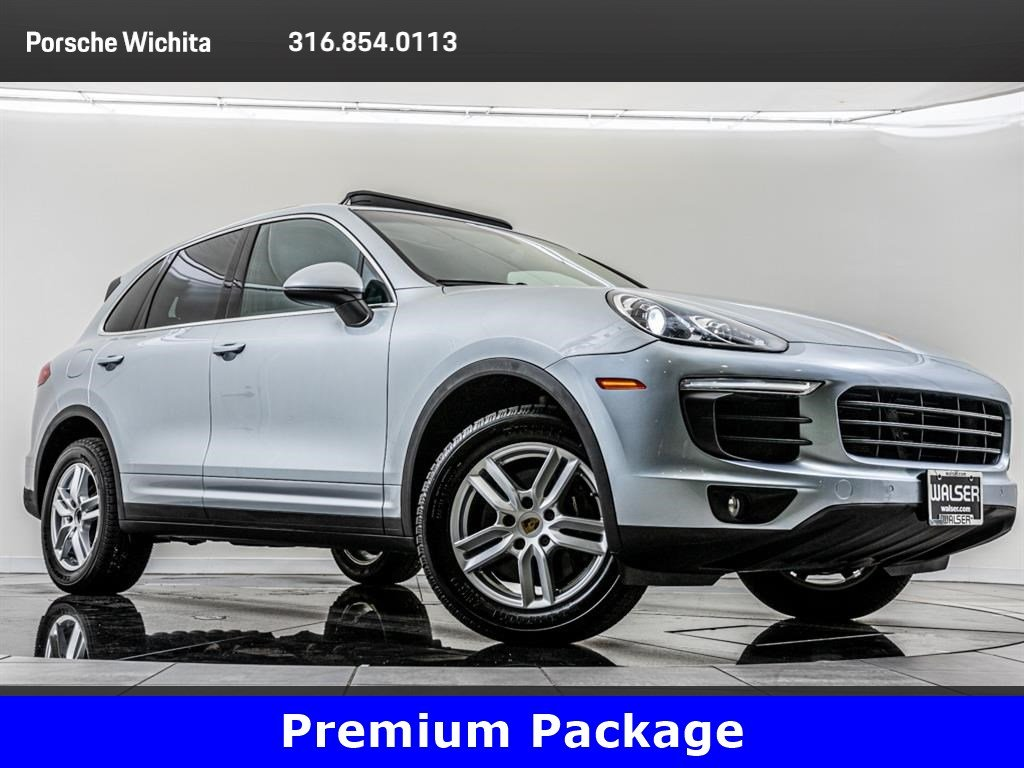 Pre-Owned 2016 Porsche Cayenne Premium Package