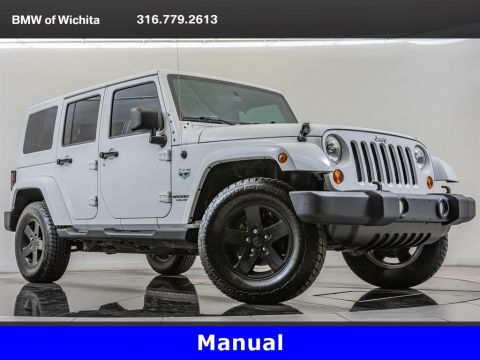 Pre-Owned 2012 Jeep Wrangler Unlimited Unlimited Sahara, Well Maintained