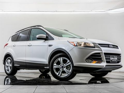 Pre-Owned 2015 Ford Escape SE, Navigation, 1-Owner