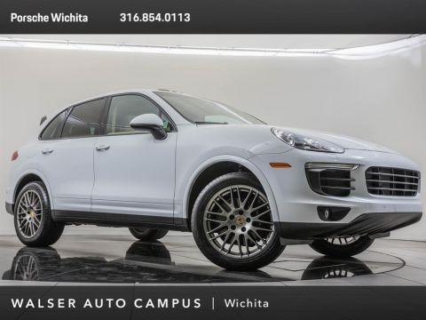 Pre-Owned 2017 Porsche Cayenne Platinum Edition